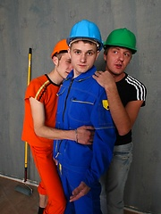 Three way fun with eager cock sucking twinks on the floor, Added: 2012-04-18 by UCBoys