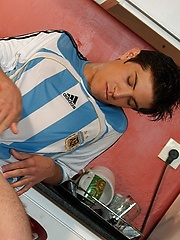 Soccer Boy Horny, Added: 2013-09-10 by Young Hot Latinos