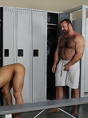 Brad Kalvo fucks latino twink Trelino, Added: 2014-01-23 by Hot Dads Hot Lads